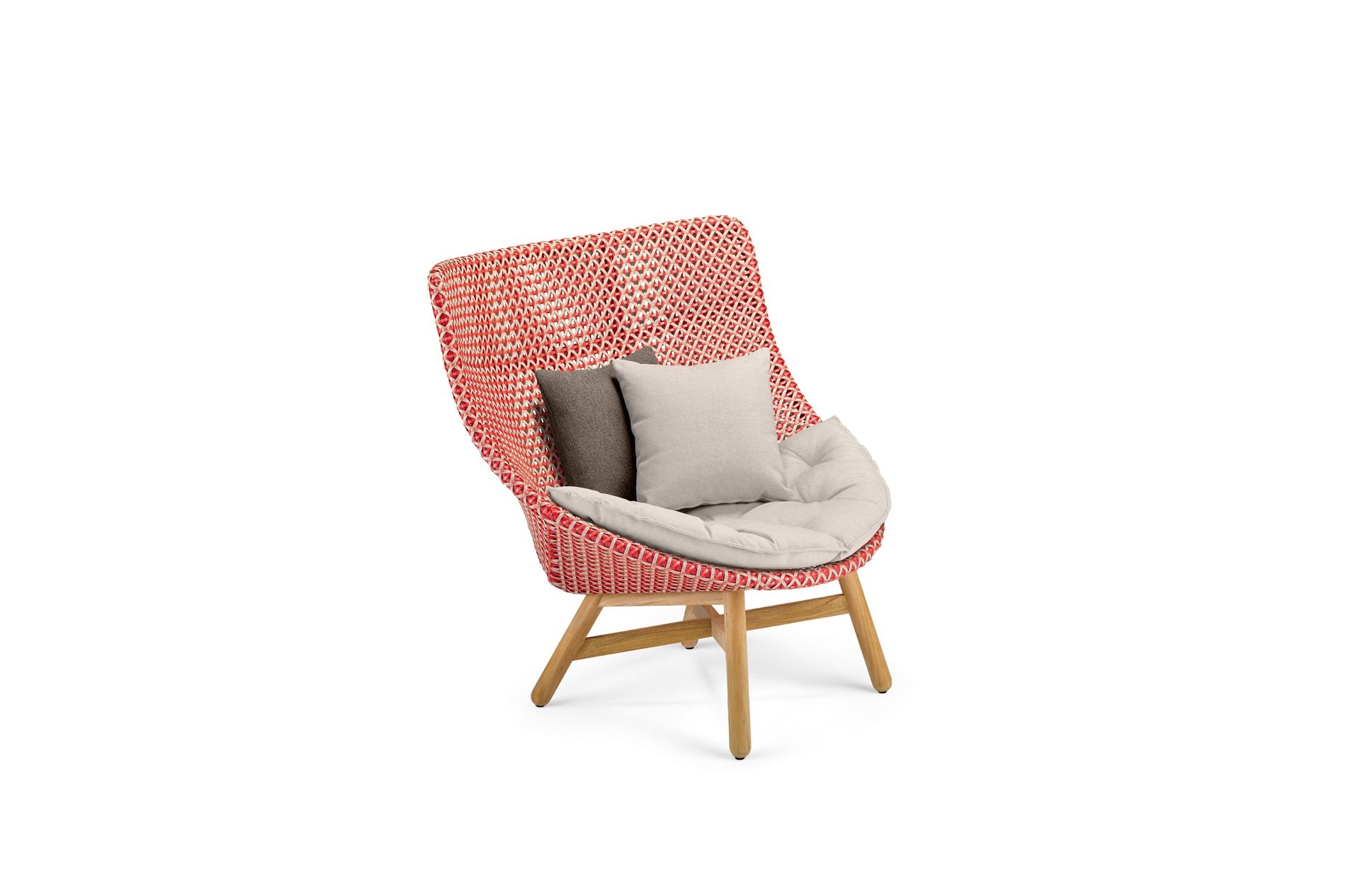 DEDON-Mbrace-Wingchair-decocushion-spice