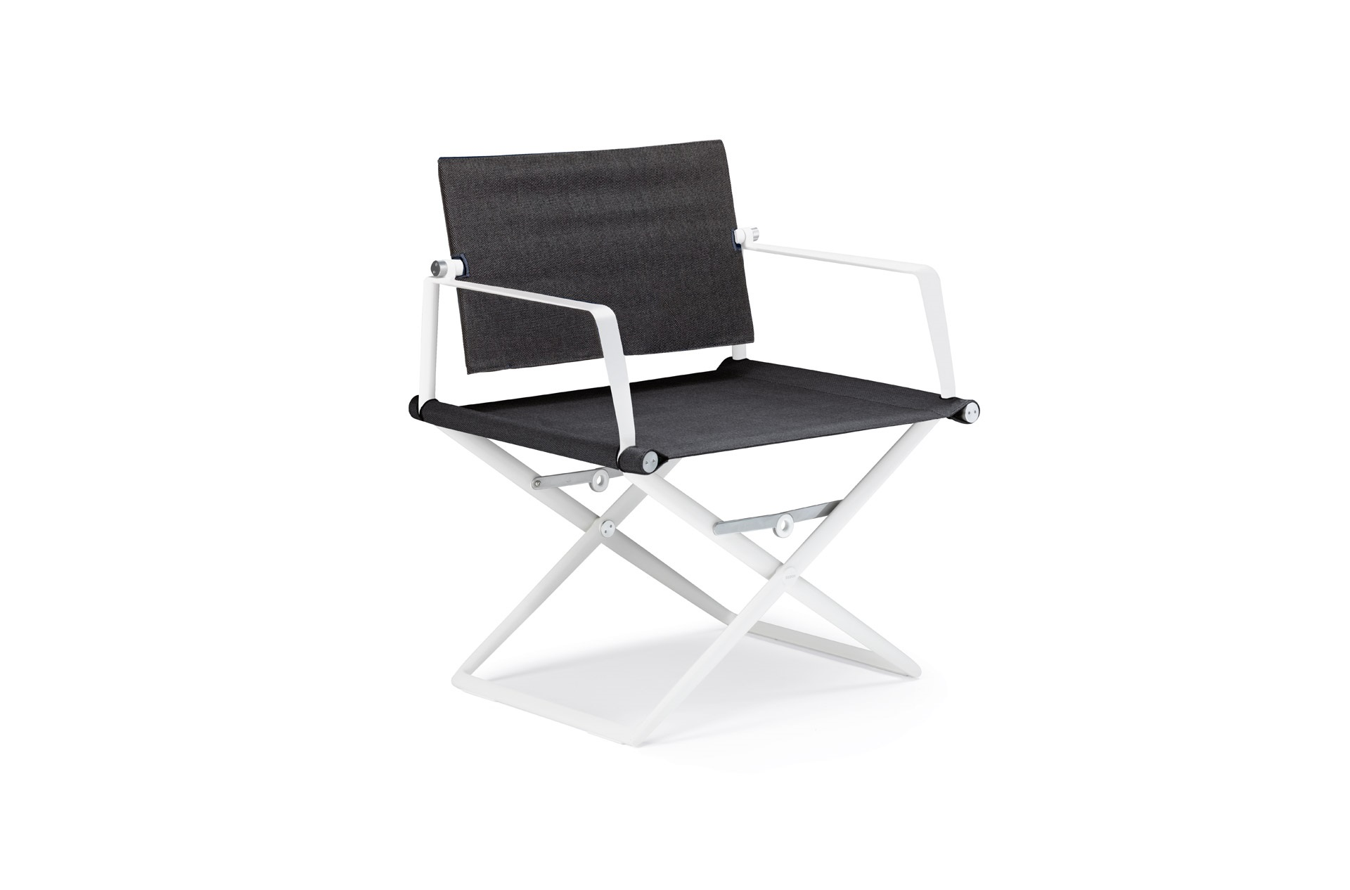Dedon Seax lounge chair white sail shade